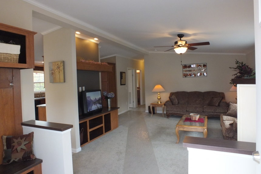 Photo Of Double Wide Home 5225-508 Furnished Living Area With Ceiling Fan