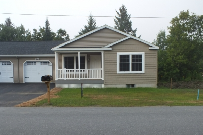 A photo of a three bedroom one level condo in Barre Town Vermont.