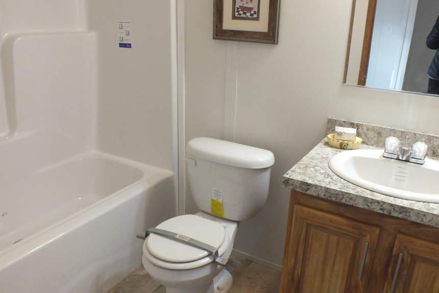 Photo Of Double Wide Home 304 Stock Model Bathroom Toilet Tub And Vanity