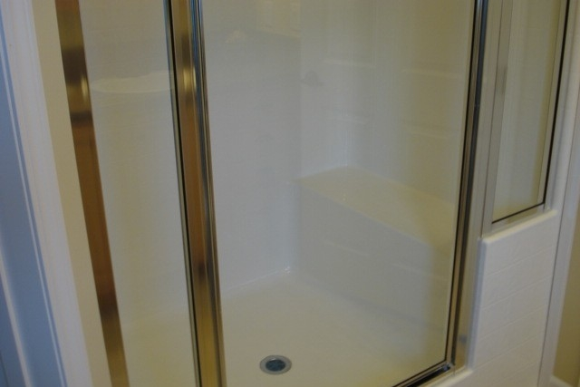 Photo Of Double Wide Home 5228-405-1 Bathroom Walk In Shower